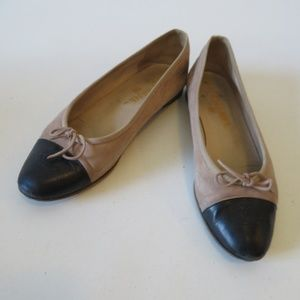 CHANEL SUEDE LEATHER CAP TOE BALLET FLATS 9/US *